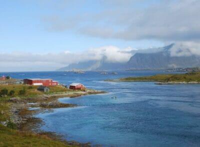 Mit dem Zelt auf den Lofoten: Backpacking-Erfahrung in Norwegen