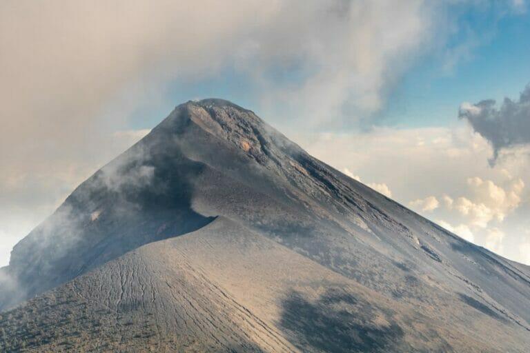 Der Acatenango: Bist du bereit diesen Vulkan zu besteigen?