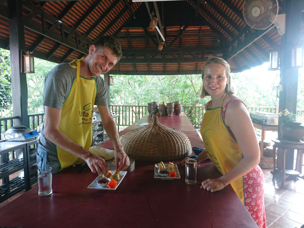 Thailands Insel Koh Lanta Beim Zubereiten und Kochen in der Thai-Kochschule hatten wir echt viel Spaß