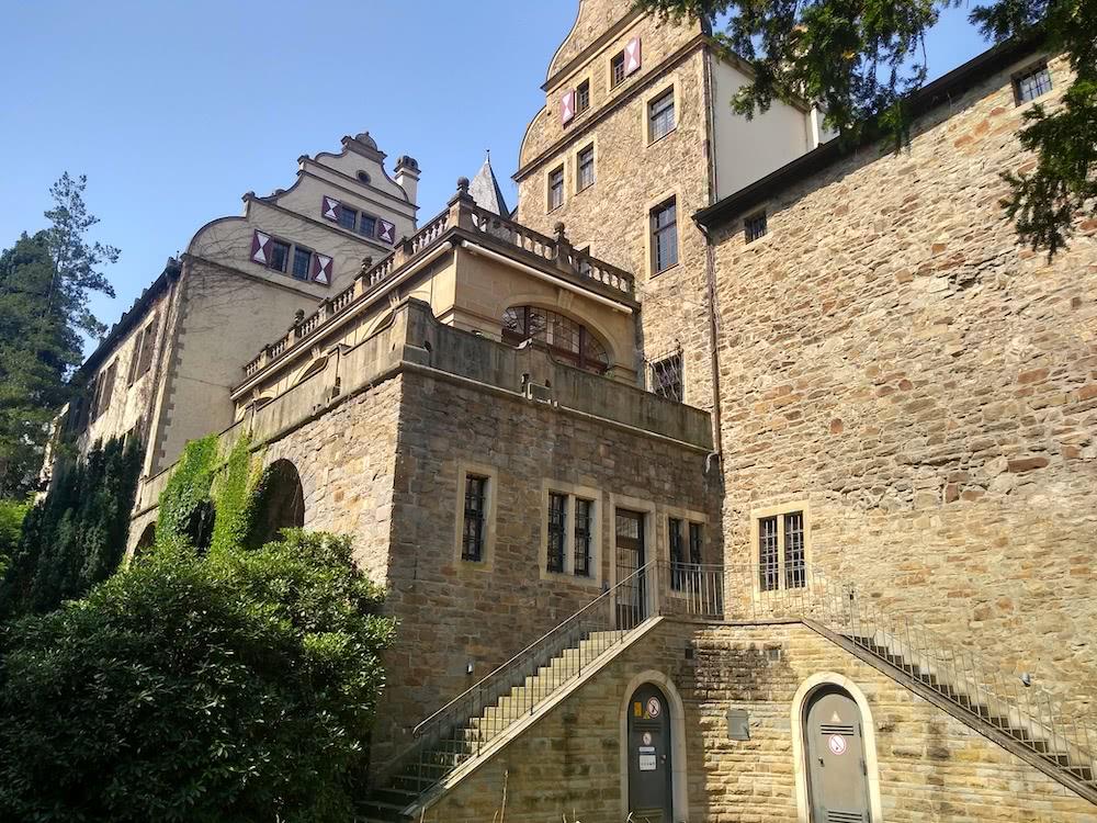 Die Gemäuer des Schloss Landsberg