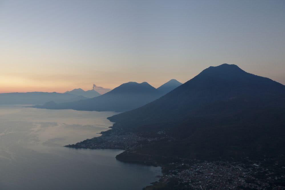 Irgendwann kam der Sonnenaufgang vom Vulkan aus immer näher