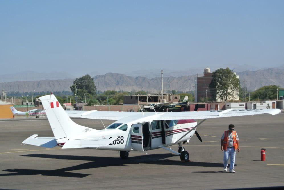 Peru Nazca-Linien Flugzeug
