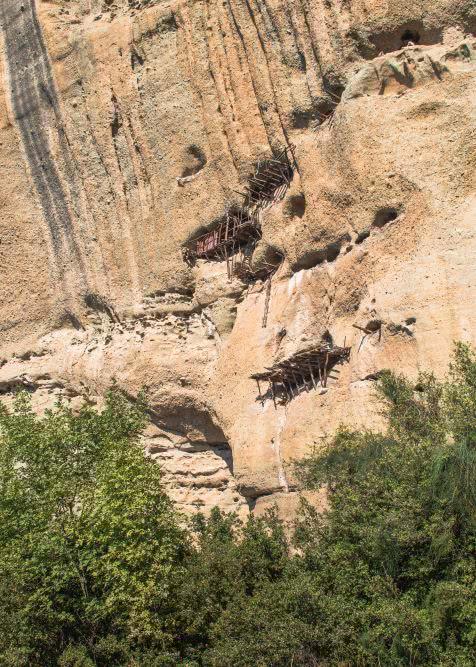 Die Eremitagen sind eine weitere Sehenswürdigkeit in Meteora