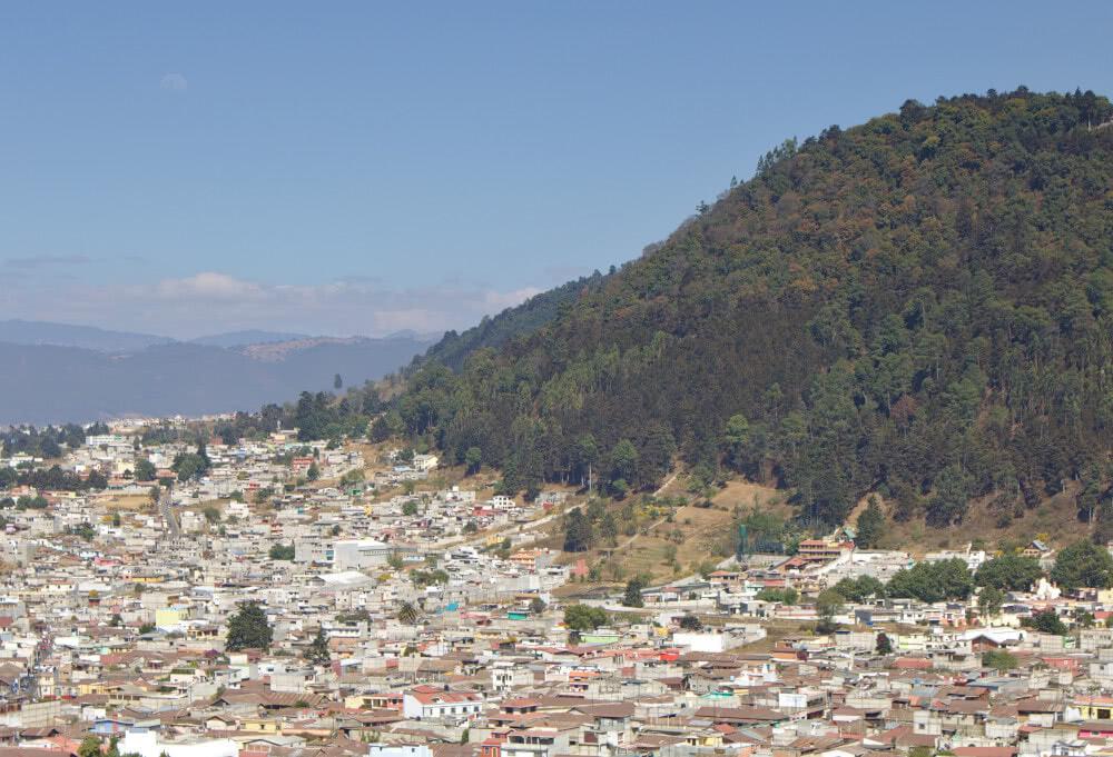 Guatemala Aussicht auf die Stadt Xela aus der Vogelperspektive