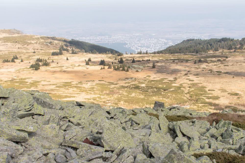 Sehenswürdigkeit in Bulgarien Aussicht vom Hausberg in Sofia auf die Stadt