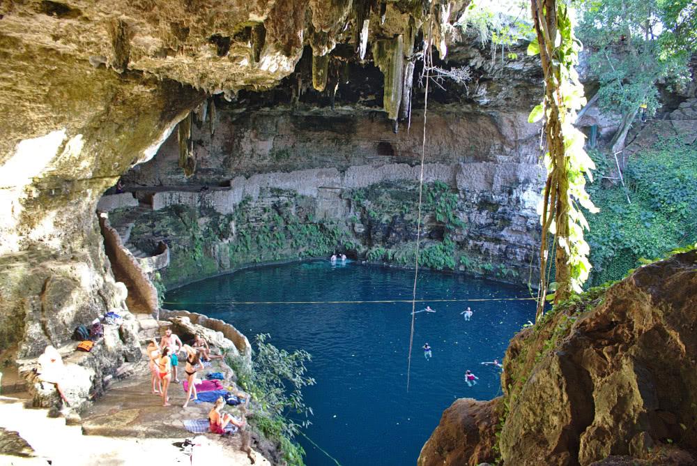 Mexiko Valadolid Die Cenote Zaci vom Restaurant-Hintereausgang