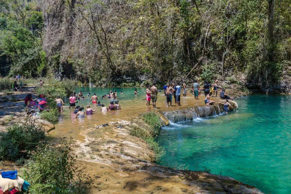 Am Wochenende waren die Pools auch ein beliebtes Ausflugsziel für die einheimische Bevölkerung