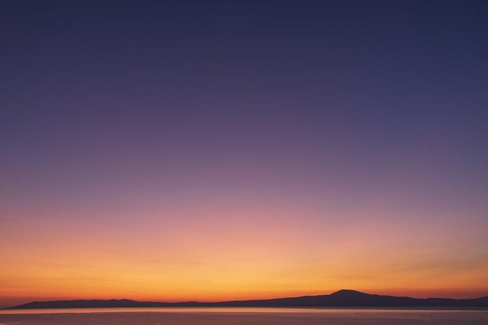 Unglaubliches Farbspiel zum Sonnenuntergang in Griechenland