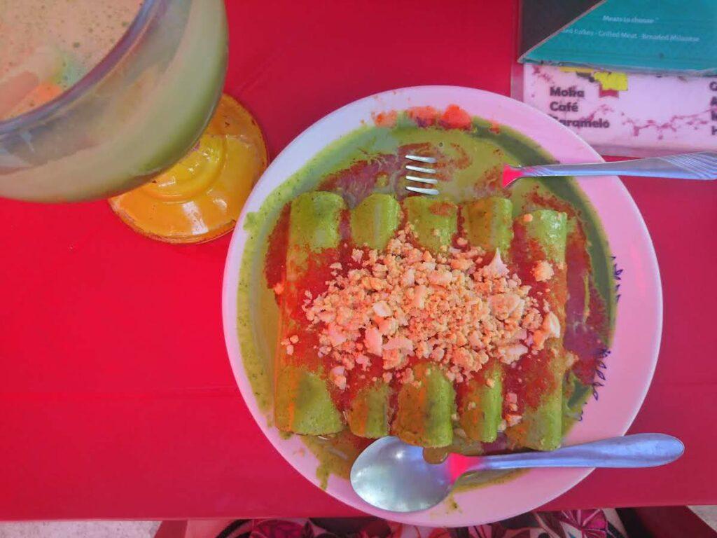 Papadzules – Tortillas mit Kürbiskern-Sauce.