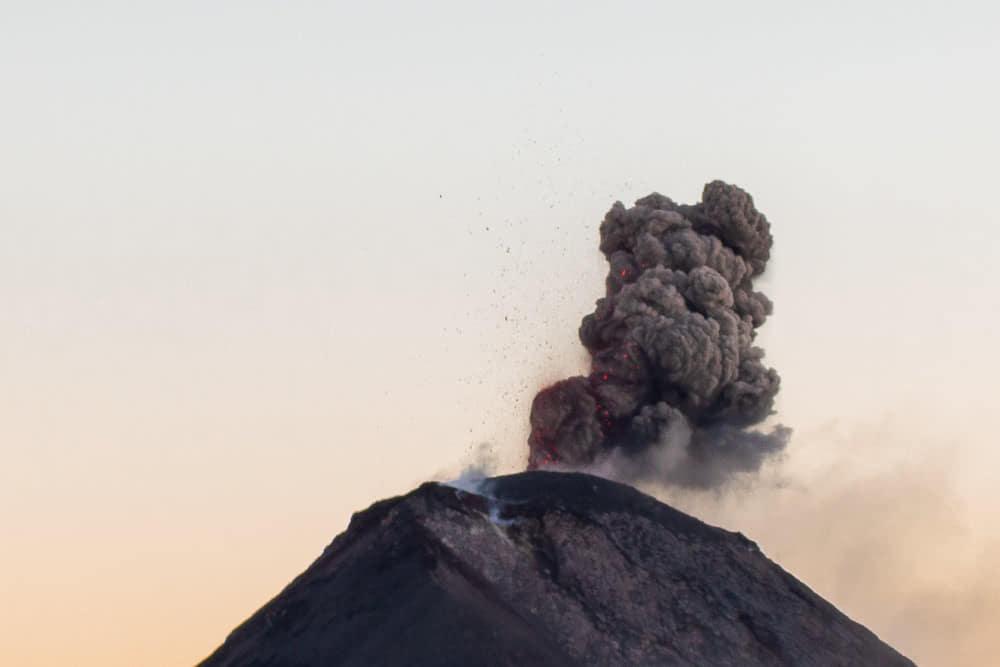 Da spuckte der Fuego etwas Lava