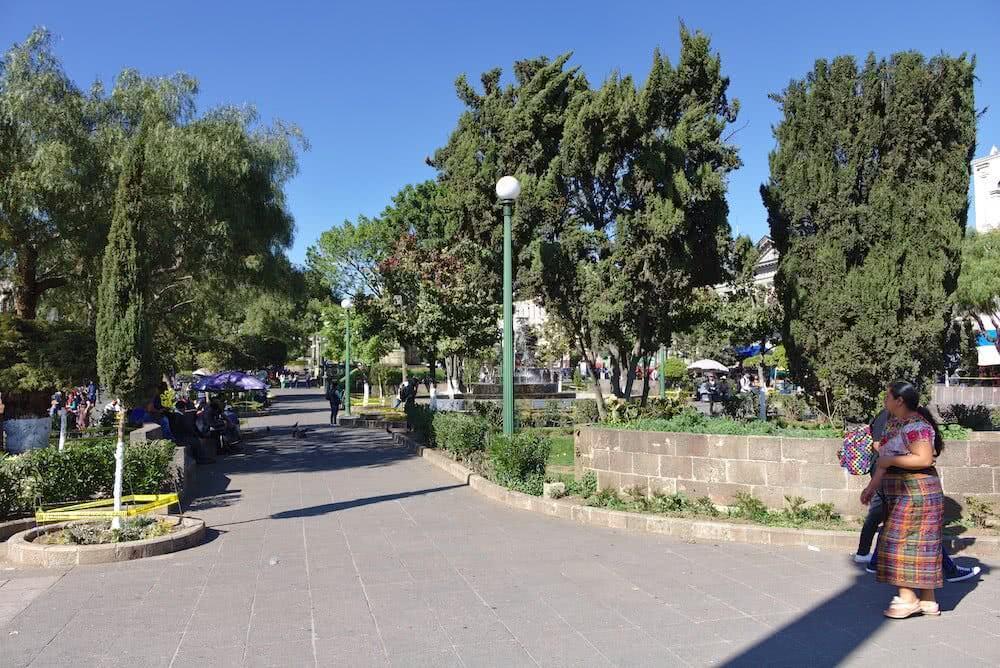Der Parque a Centro America liegt im Zentrum von Xela.
