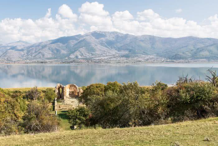 Der Prespasee im Norden von Griechenland verbindet Albanien und Nordmazedonien