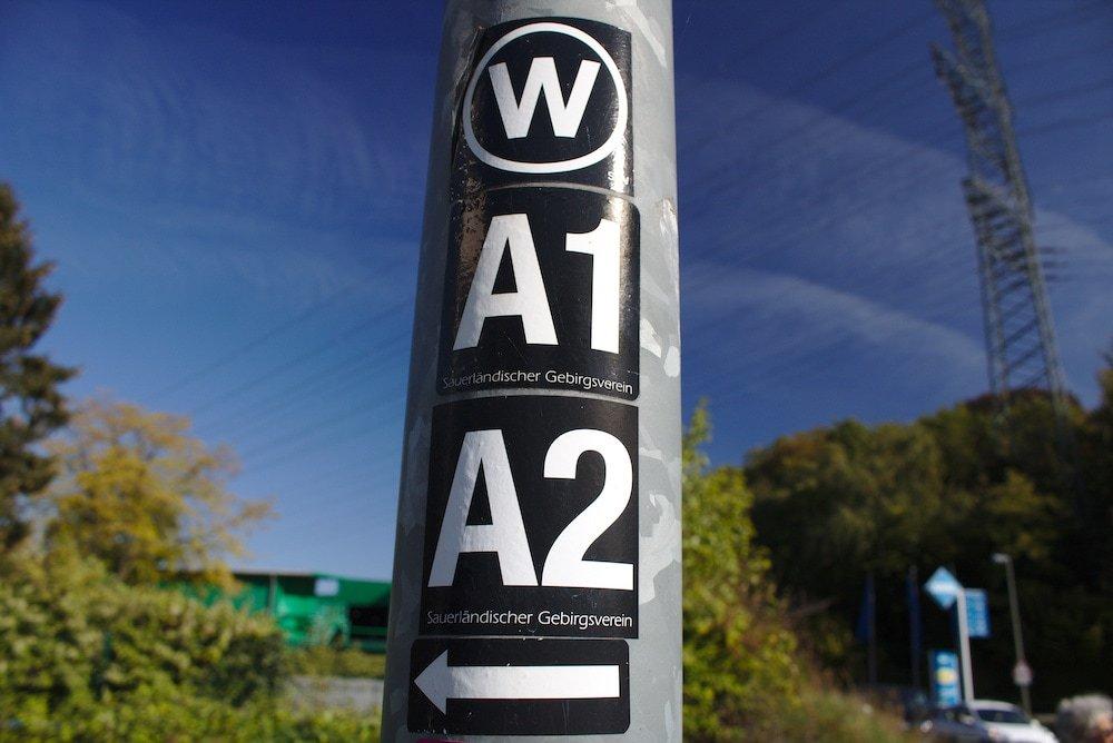 Markierungen des Wanderweges