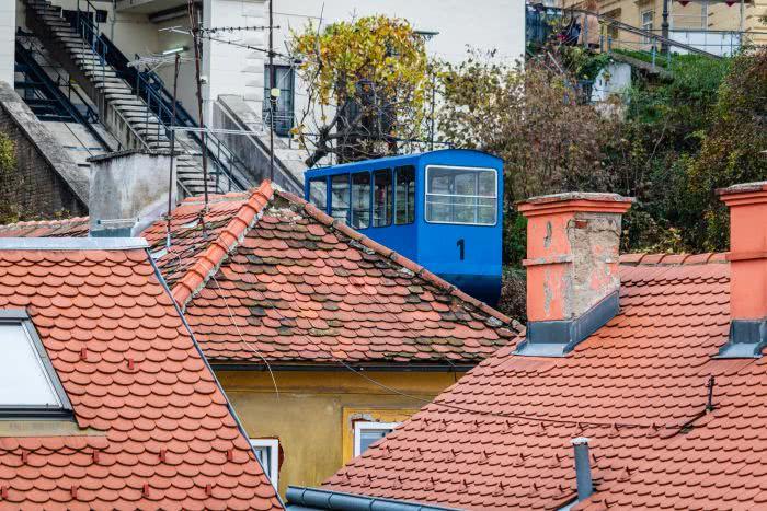 In Zagrebs gibt es die wohl kürzeste Standseilbahn überhaupt