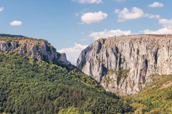 Bei der Anfahrt sieht man die beeindruckende Cheile Turzii Schlucht schon von Weitem