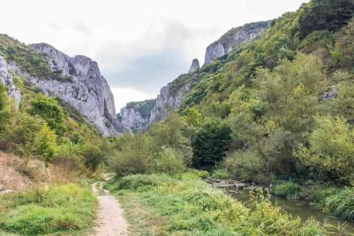 Der Pfad in Cheile Turzii ist sehr abwehslungsreich