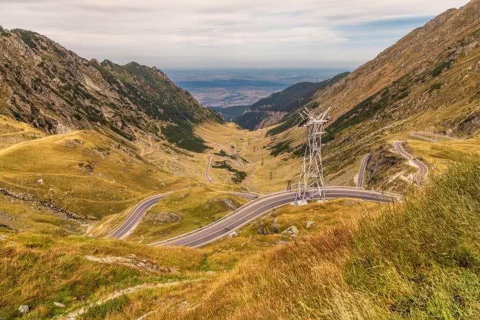 Kannst du die vielen Kurben der Hochstraße Transfagarașan zählen?