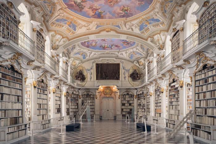 Die weltgrößte Klosterbibliothek steht in Admont