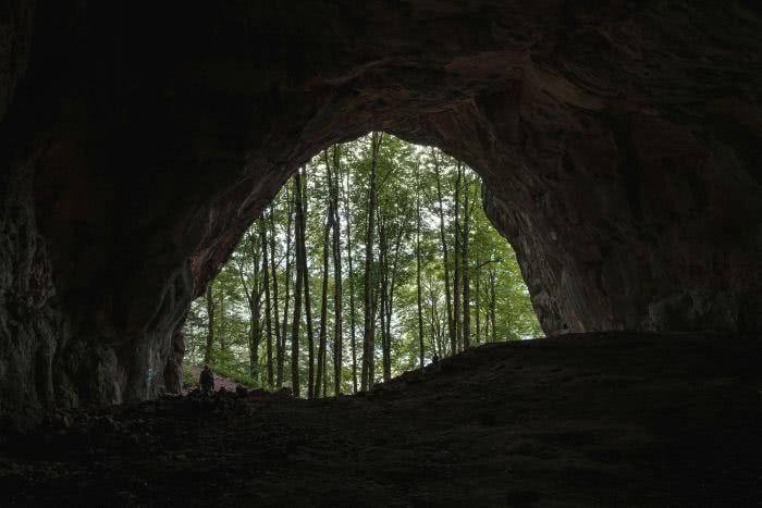 Die Drachenhöhle fotografiert vom Innenraum