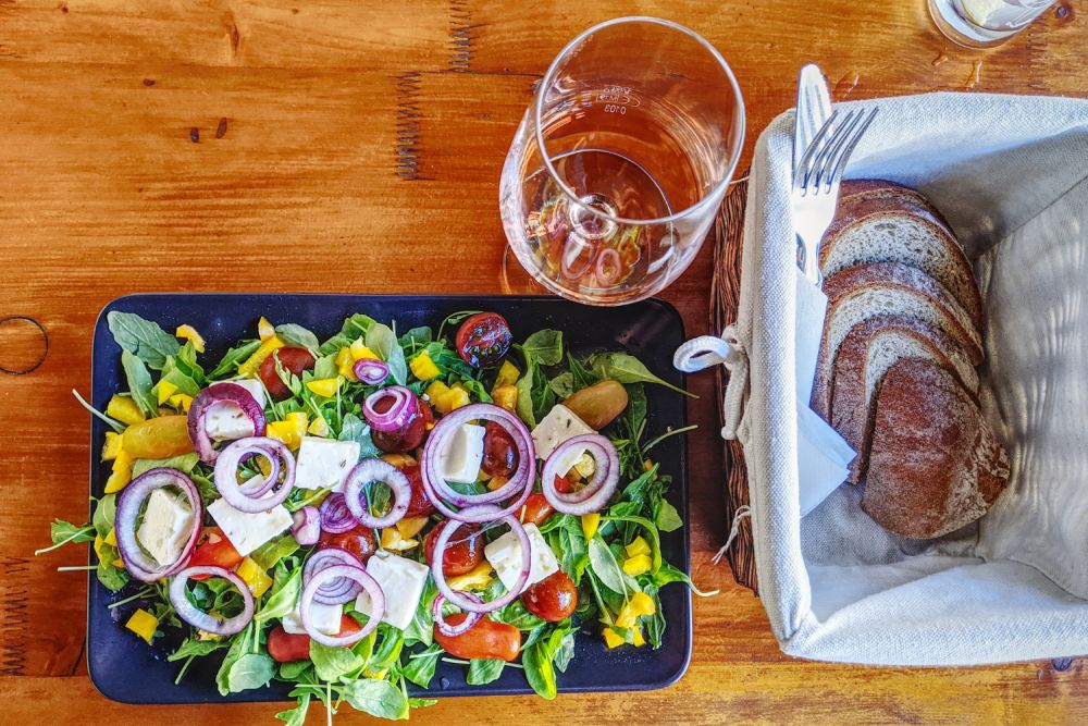Salat, Brot & Wein: was braucht man mehr in Podersdorf am See?