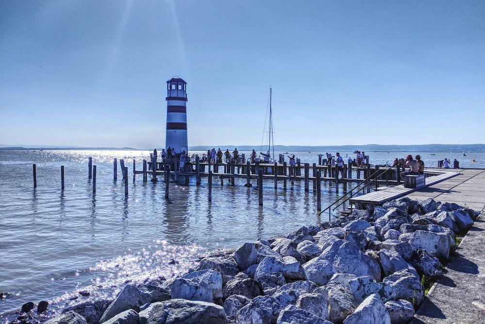 Das bekannteste Fotomotiv am Neusiedler See: der Leuchtturm in Podersdorf