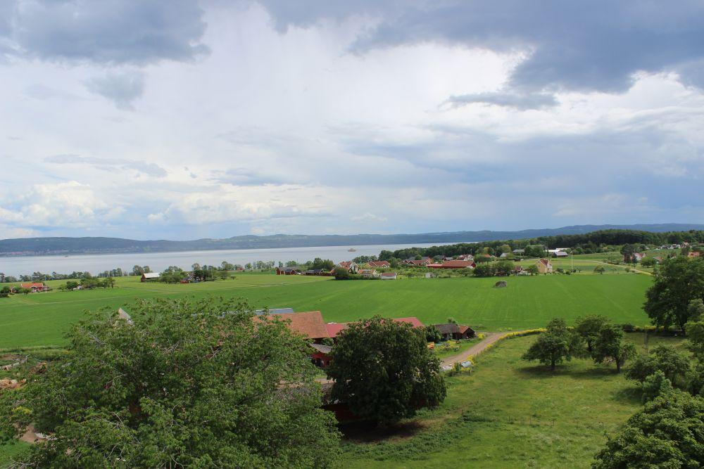 Schweden ist bekannt für seine Seenlanschaft; hier der Vätternsee