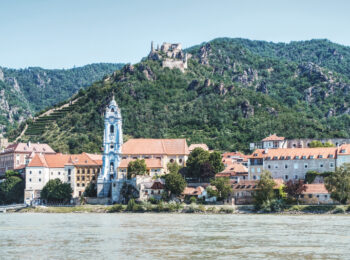 Stift Dürnstein und die Burgruine gehören wir die Landschaft Wachau zum UNESCO Kulturerbe