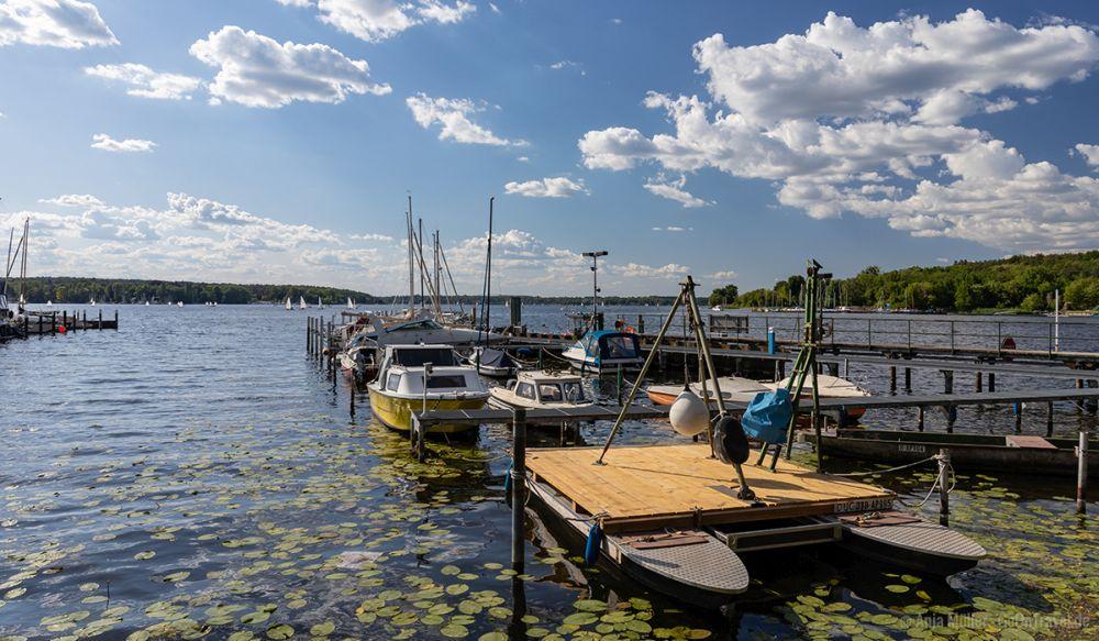 In Berlin gibt es einige Seen; hier der Wannsee