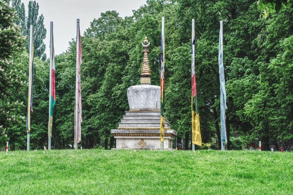 Die Friedensstupa im Volksgarten