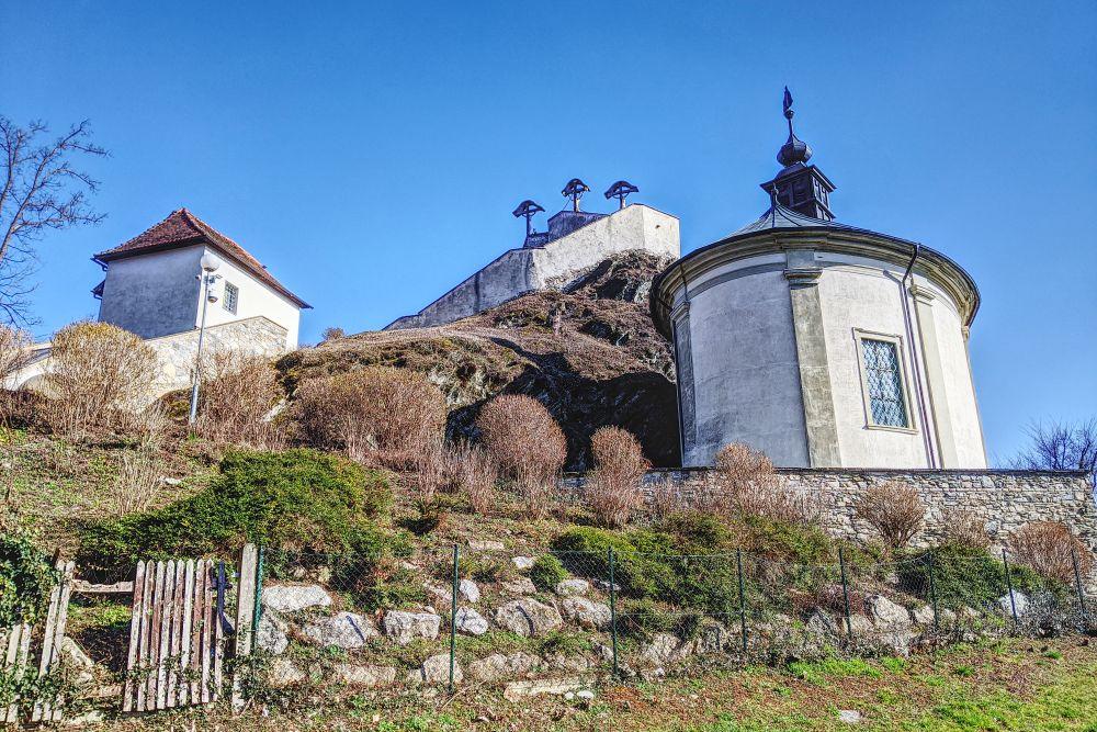 Der Kalvarienberg am Ufer der Mur