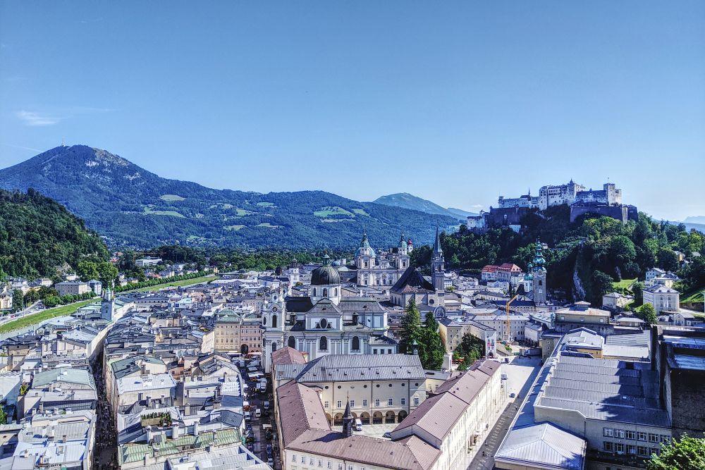 Einer von vielen Panorama-Ausblicken auf Salzburg
