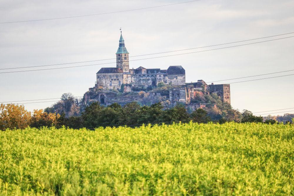 Burg Güssing steht auf einem erloschenen Vulkan
