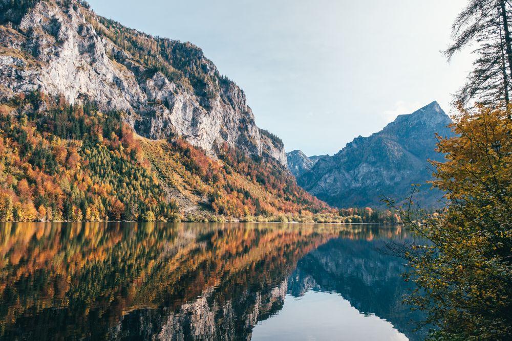 Eine Seerunde ist ein leichter Spaziergang am Leopoldsteinersee