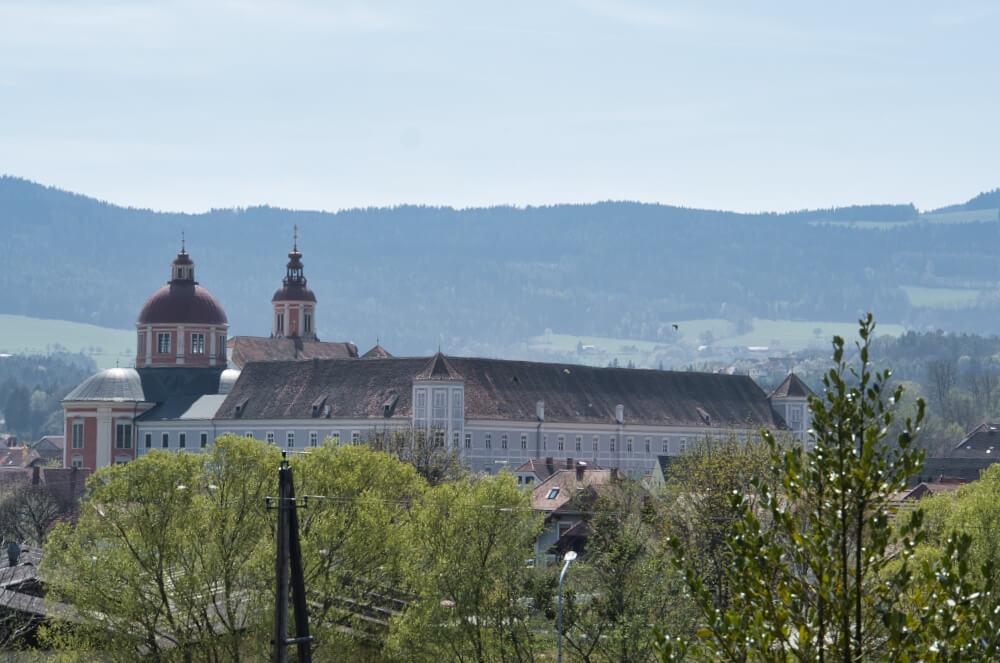 Schloss Pöllau im Naturpark Pöllauer Tal