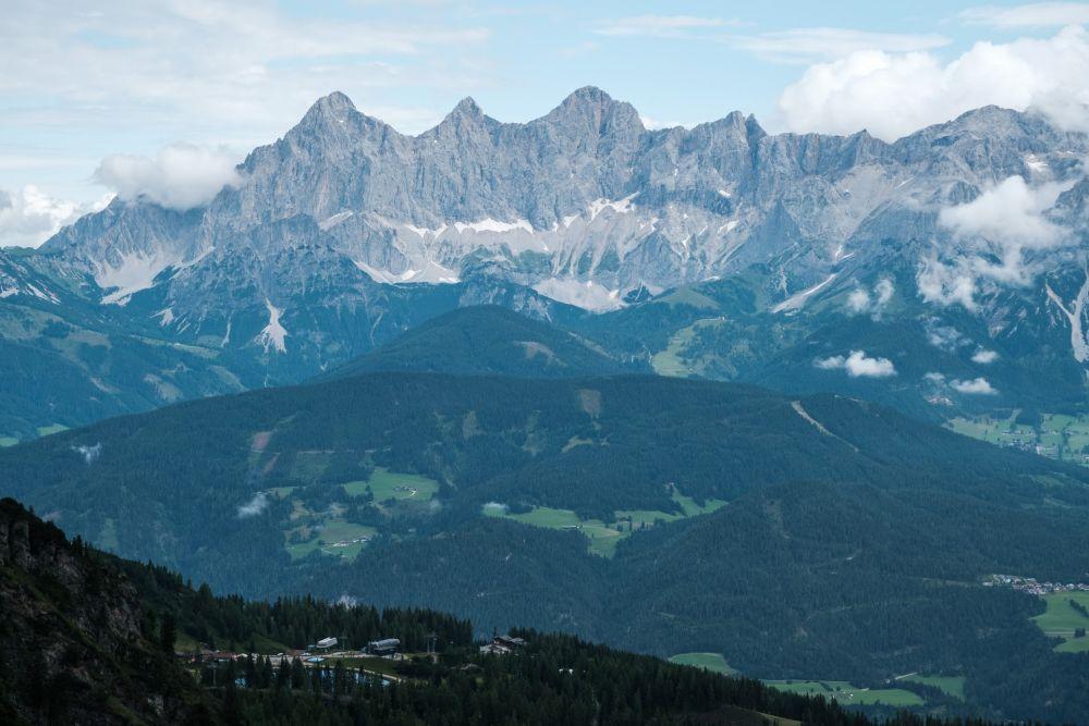 Ausblick von der Gasselhöhe auf d en Dachstein