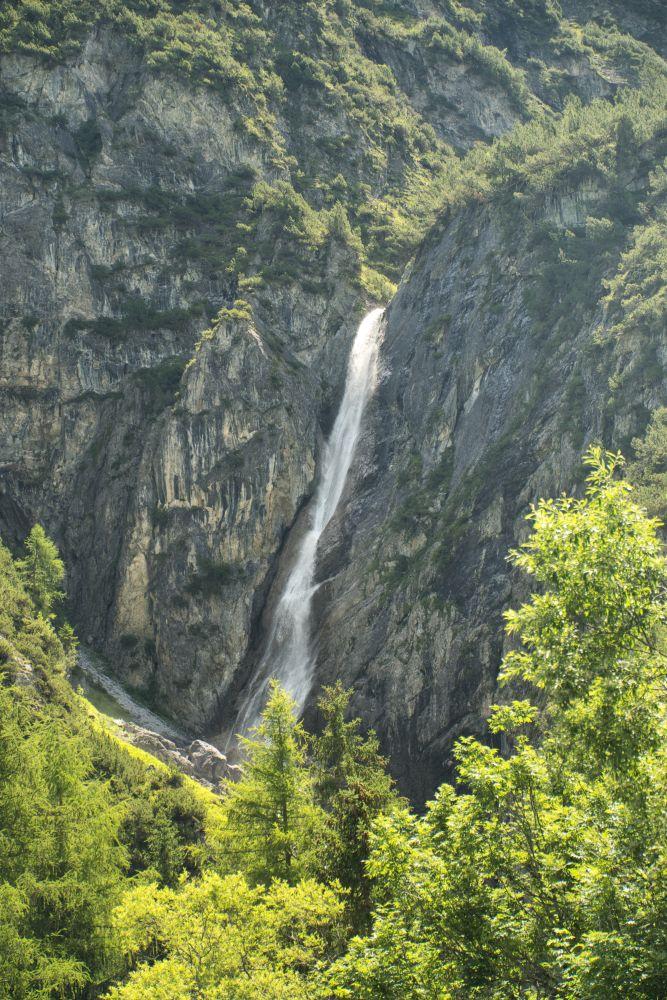 Der Hägerauer Wasserfall liegt auf dem Lechweg
