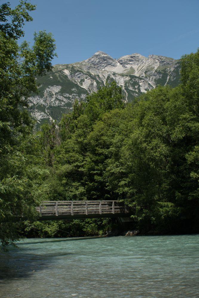 Beim Weitwandern überquere ich so einige Brücken auf dem Lechweg