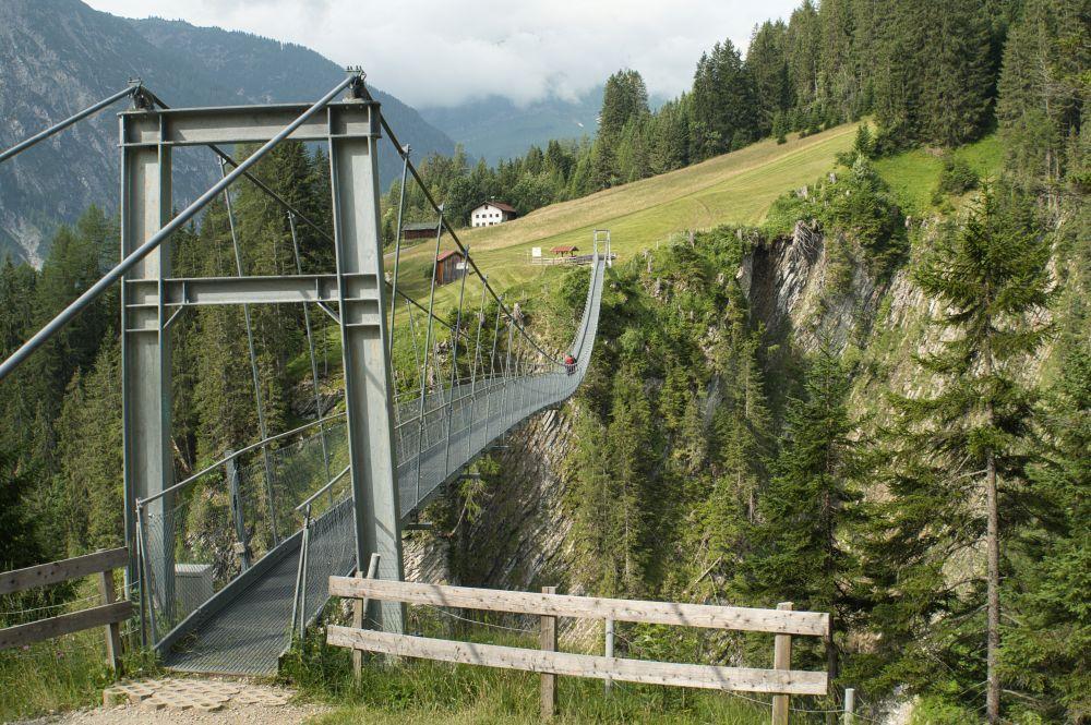 Die längste Hängebrücke von Österreich liegt in Holzgau