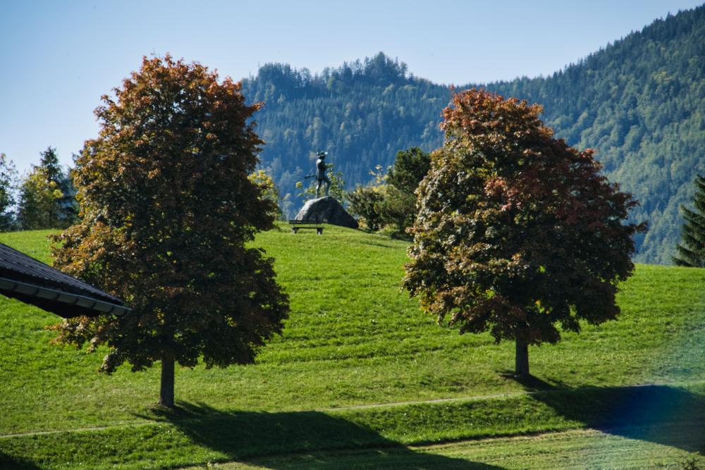 Ein Spaziergang bis zum Erzherzog-Johann-Denkmal in Mariazell