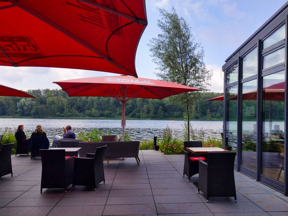 Die Panoramaterrasse am Baldeneysee (Café Extrablatt)